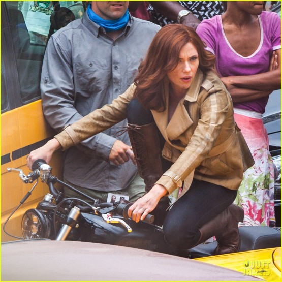 scarlett-johansson-captain-america-civil-war-set-pictures-01